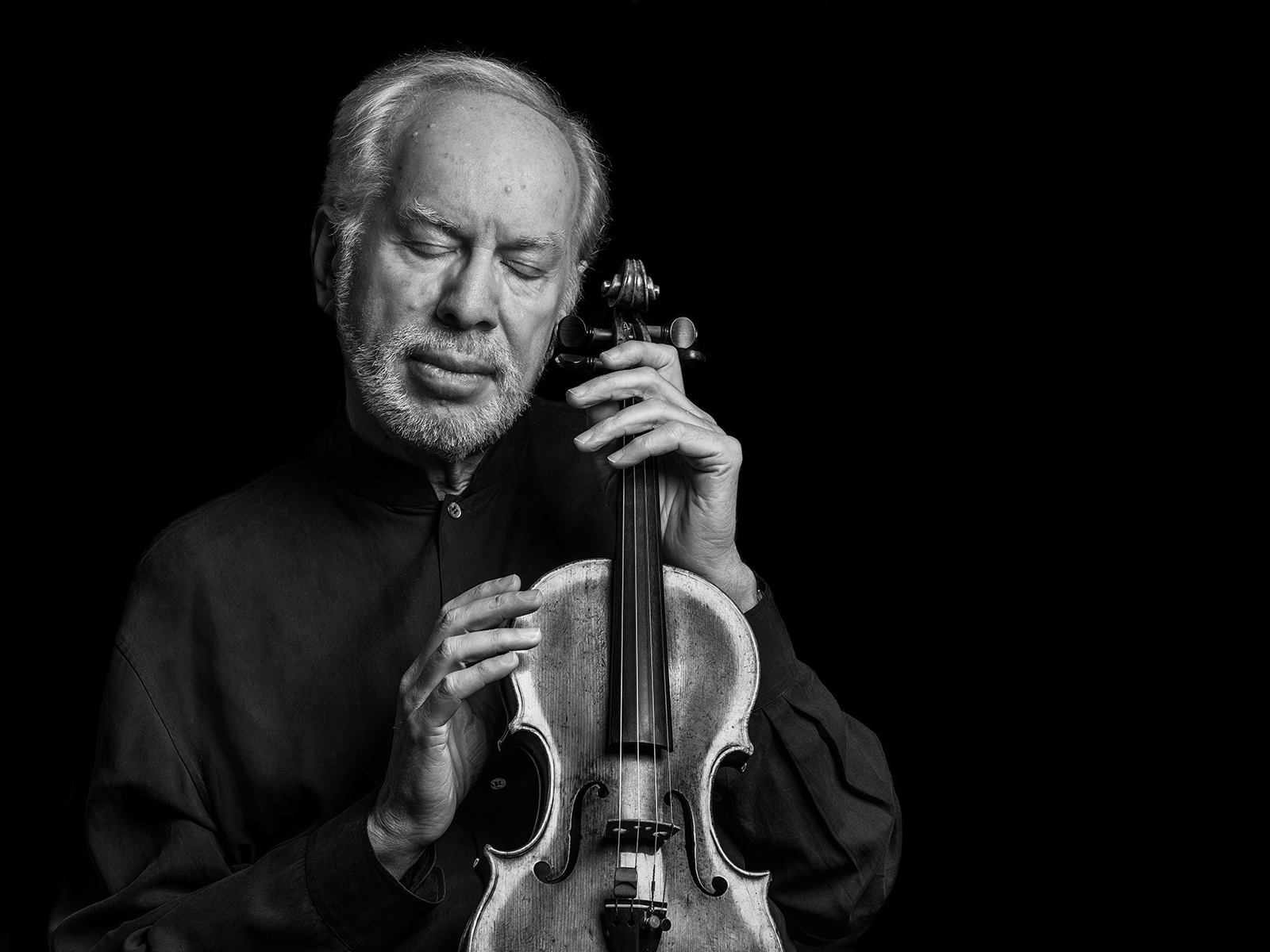 Violinist Gidon Kremer and his Amati in Vilnius